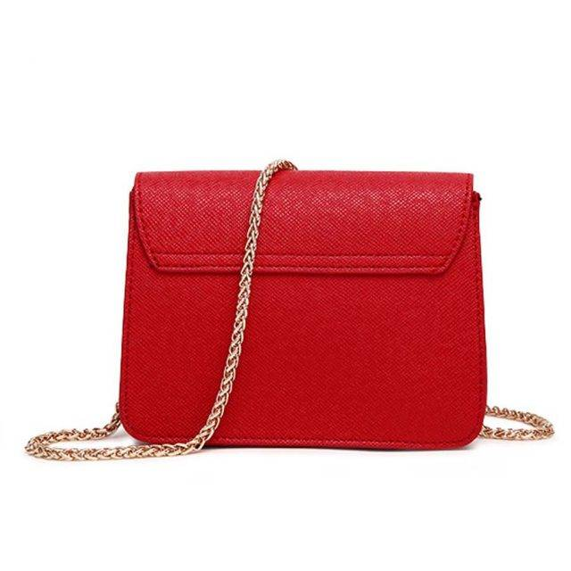 Women's Compact Shoulder Bag with Chain Strap