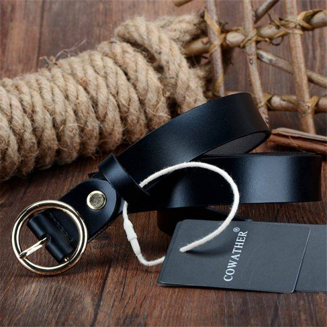 Women's Leather Belt with Round Buckle
