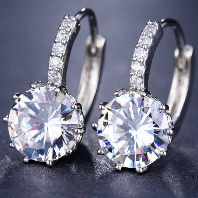 Women's Crystal Stud Earrings