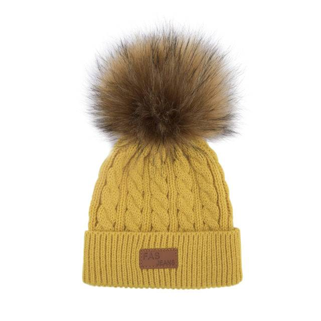 Kid's Winter Hat With Pompon