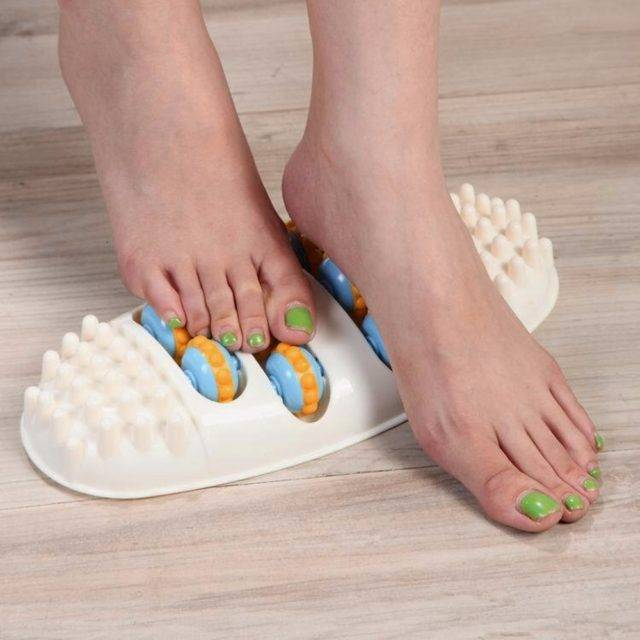 Portable Oval Rolling Wheel Foot Massager