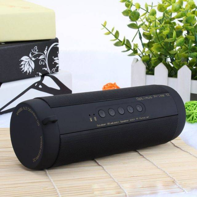 Wireless Waterproof Portable Speaker